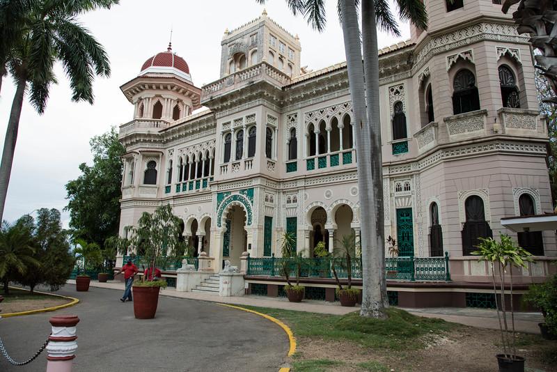 Cienfuegos Estate