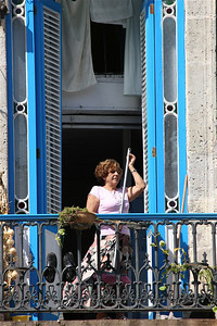 Balkontafereeltje op Plaza de la Catedral Havana, Cuba.