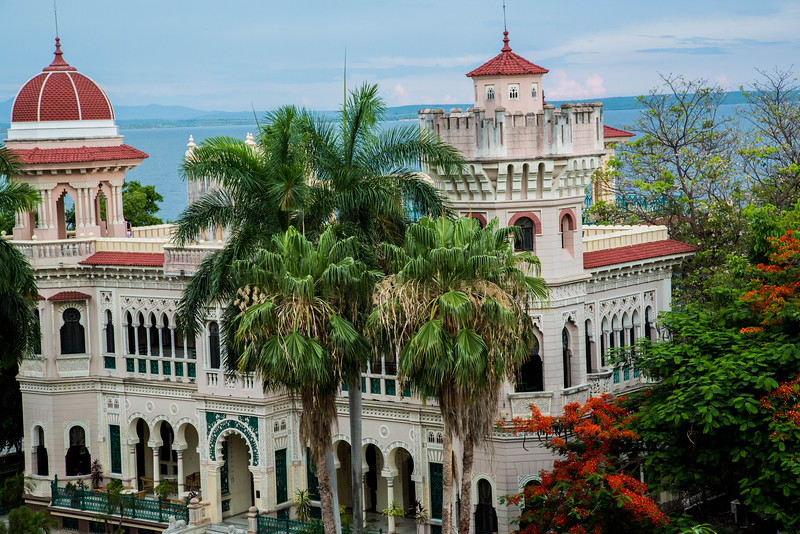 Cienfuegos Estate