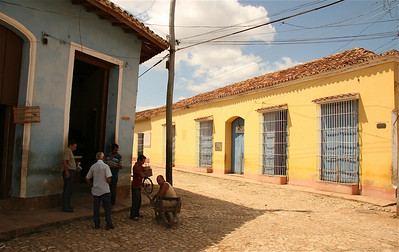 De dag doornemen. Trinidad, Cuba.