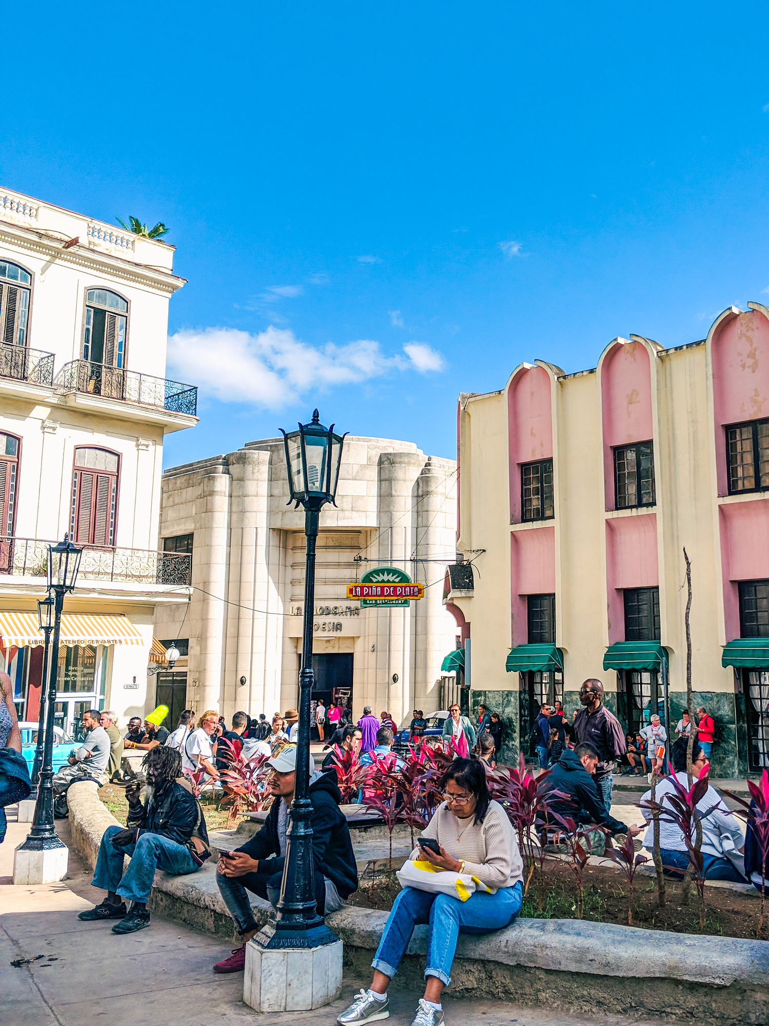 Internet in Cuba, everything you need to know to access wifi in Cuba.