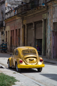 VW Beetle in Havana