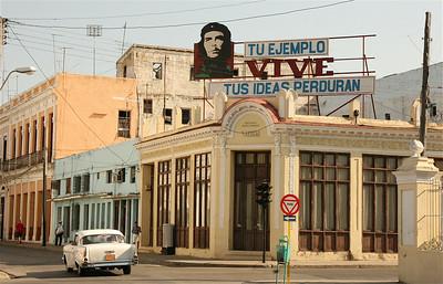 Tu ejemplo vive tus ideas perduren. Cienfuegos, Cuba.