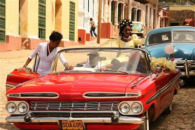 Sweet 15. Op Cuba, net als in de rest van Latijns Amerika, betekent 15 jaar worden voor een meisje, dat ze vrouw wordt wat zoveel wil zeggen dat ze rijp is voor de huwelijksmarkt. Dat wordt met een groots feest gevierd.