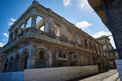 Building renovation, old Havana.