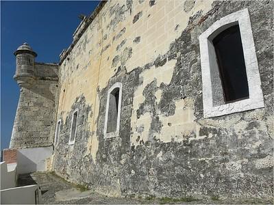 180  Castle walls