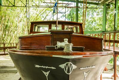 Hemm8ingway's Boat
