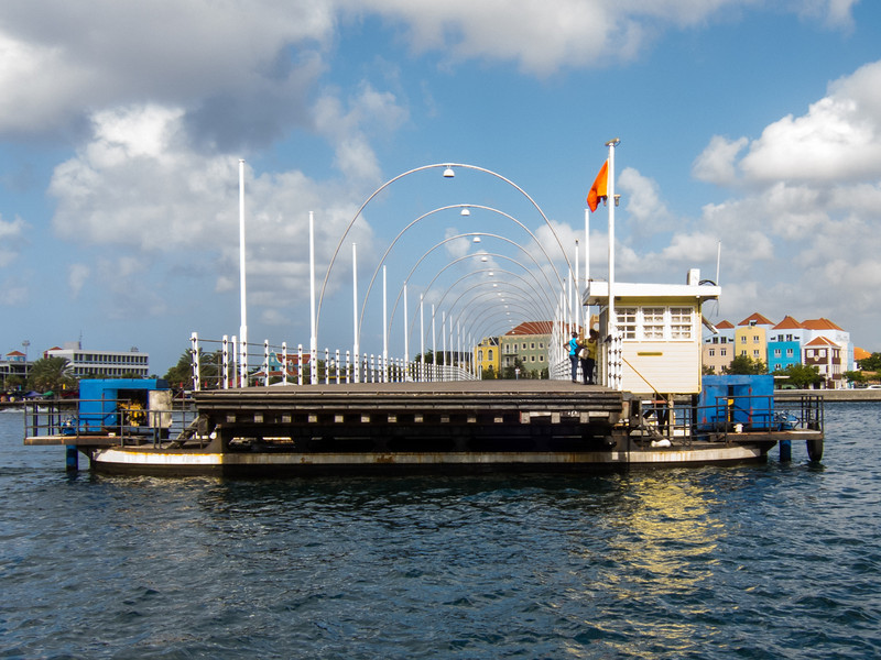Queen Emma Pontoon Bridge separating for oncoming cruise ship, Willemstad, Curaçao - February 2013