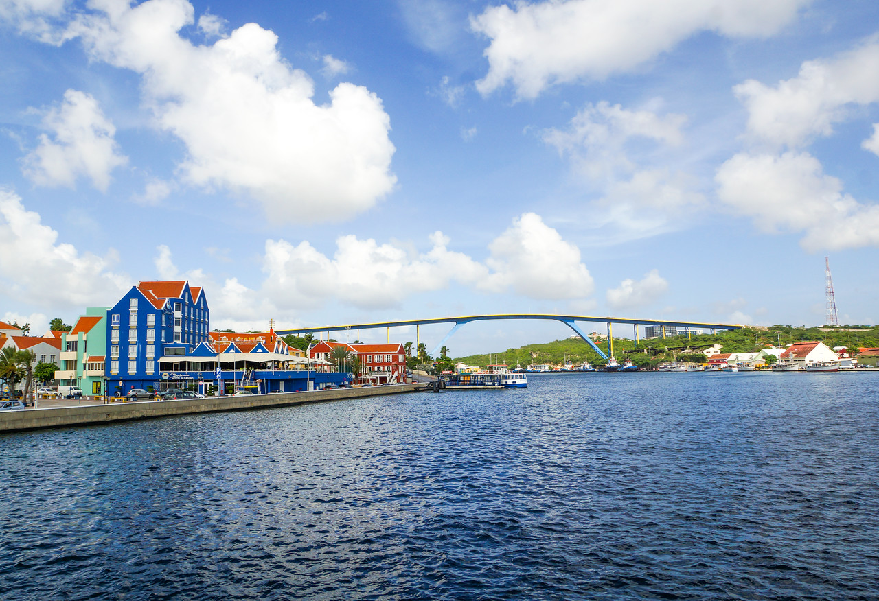 Queen Juliana Bridge, Willemstad, Curacao