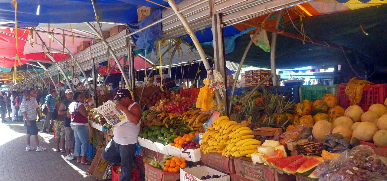Curacao's floating market in Willemstad