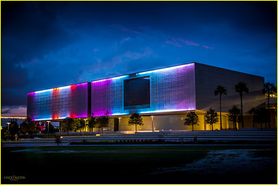 Opened in 2010, The Tampa Museum of Art is located in Curtis Hixon Park. It exhibits 20th-century fine art, as well as Greek, Roman, and Etruscan antiquities.