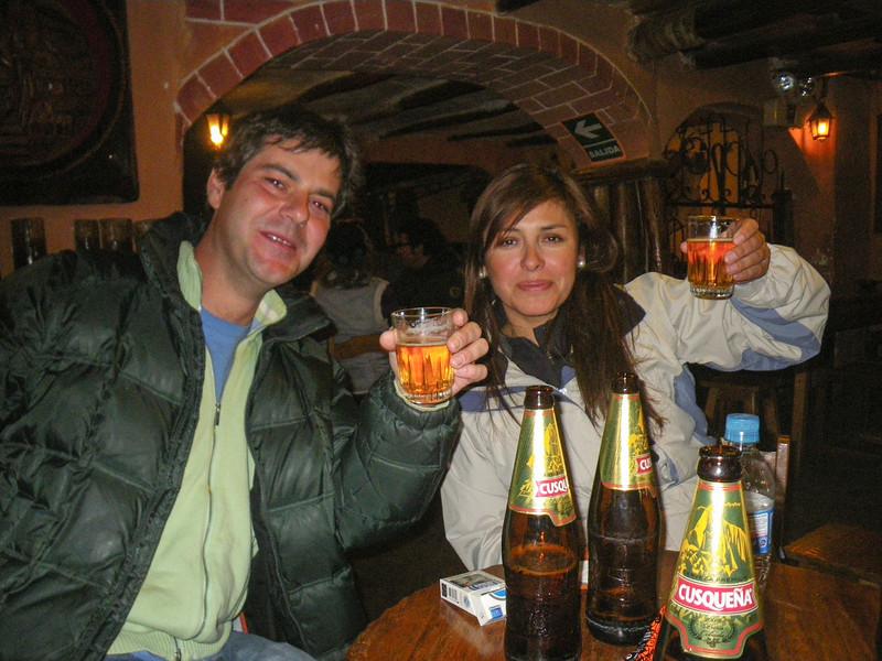 Mis amigos Albito Alonso & Anabelly Rojas Santander @ La Carreta - C/. Heladeros - Cusco - Perú 2012