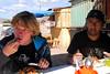 Yngwie Vanhoucke & Carlos 'Chemo' Rojas - Lomo saltado de 5 soles - Maras - Valle Sagrado de los Incas - Cusco - Perú<br /> <br /> Yngwie Vanhoucke & Carlos 'Chemo' Rojas - 5 S/. (< 2 USD/1£/1,3 €) lunch - Maras - Valle Sagrado de los Incas - Cusco - Peru<br /> <br /> Yngwie Vanhoucke & Carlos 'Chemo' Rojas - Middagmaal van 1,3 € en ook lekker - Maras - Valle Sagrado de los Incas - Cusco - Peru<br /> <br /> Yngwie Vanhoucke & Carlos 'Chemo' Rojas - Déjeuner de 1,3 € - Maras - Valle Sagrado de los Incas - Cusco - Pérou