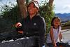 Luisa Espejo con la hija menor de César Espejo & Rocío, Daniela - Urb. Los Incas - Cusco - Perú<br /> <br /> Luisa Espejo with César & Rocío's youngest daughter Daniela - Urb. Los Incas - Cusco - Peru<br /> <br /> Luisa Espejo met César & Rocío's jongste dochter Daniela - Urb. Los Incas - Cusco - Peru<br /> <br /> Luisa Espejo avec la fille cadette de César Espejo & Rocío, Daniela - Urb. Los Incas - Cusco - Pérou