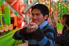 Por favor, no me mates, tengo tres hijos - Juegos Mecánicos - Santa Ursula - Cusco - Perú<br /> <br /> Please don't kill, I have three small kids - Santa Ursula fairground - Santa Ursula - Cusco - Peru<br /> <br /> A.U.B. Dood me niet, ik ben vader van drie kleine kindjes - Santa Ursula Kermis - Santa Ursula - Cusco - Peru<br /> <br /> SVP, je suis père de trois enfants - Kermesse de Santa Ursula Kermis - Santa Ursula - Cusco - Pérou