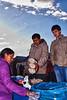 Comprando maná/palomitas de maíz para picar en la noche con unas chelas - Feria de Tiobamba - Urubamba - Cusco - Perú<br /> <br /> Buying some kind op popcorn for tonight - Feria de Tiobamba - Urubamba - Cusco - Peru<br /> <br /> Popcorn kopen voor vanavond bij de pintjes - Feria de Tiobamba - Urubamba - Cusco - Peru<br /> <br /> Achat de popcorn pour ce soir - Feria de Tiobamba - Urubamba - Cusco - Pérou
