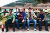Dos muchachos de Chinchero, un español/vasco y un belga/flamenco sentados en una banca en la plaza de armas - Pucyura - Anta - Cusco - Perú<br /> <br /> Two guys from Chinchero, one from Spain/Basque Country and one from Belgium/Flanders sitted on a bench on the plaza de armas of Pucyura - Anta - Cusco - Peru<br /> <br /> Twee heren uit Chinchero, één uit Spanje/Baskenland en één uit België/West-Vlaanderen een cola aan het drinken op een zitbank op de plaza de armas van  Pucyura - Anta - Cusco - Peru<br /> <br /> Deux jeunes hommes de Chinchero, un d'Espagne/Pays Basque et un de Belgique/Flandre assis sur un banc sur la plaza de armas de  Pucyura - Anta - Cusco - Pérou