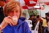 Yngwie Vanhoucke tomando leche de tigre - El Paisa - Wanchaq - Cusco - Perú<br /> <br /> Yngwie Vanhoucke drinking tigermilk - El Paisa - Wanchaq - Cusco - Peru<br /> <br /> Yngwie Vanhoucke tijgermelk aan het drinken - El Paisa - Wanchaq - Cusco - Peru<br /> <br /> Yngwie Vanhoucke attaquant le lait de tigre - El Paisa - Wanchaq - Cusco - Pérou