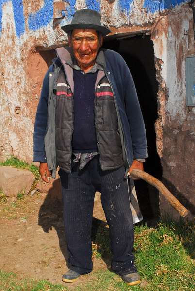 Anciano con quien hemos hablado un rato - Mosoccllaqta - Anta - Cusco - Perú<br /> <br /> Old man with whom we have been talking a while - Mosoccllaqta - Anta - Cusco - Peru<br /> <br /> Oude man met wie we een praatje geslagen hebben - Mosoccllaqta - Anta - Cusco - Peru<br /> <br /> Ancien avec qui nous avons parlé un instant - Mosoccllaqta - Anta - Cusco - Pérou