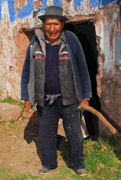 Anciano con quien hemos hablado un rato - Mosoccllaqta - Anta - Cusco - Perú<br /> <br /> Old man with whom we have been talking a while - Mosoccllaqta - Anta - Cusco - Peru<br /> <br /> Oude man met wie we een praatje geslagen hebben - Mosoccllaqta - Anta - Cusco - Peru<br /> <br /> Ancien avec qui nous avons parlé un instant - Mosoccllaqta - Anta - Cusco - Pérou