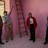 Visita a los cuartos de la niñas recien pintados en el Hogar Girasol de Huayllabamba