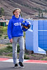Normas de seguridad: poner un casco que no vale nada<br /> <br /> Security features: wearing a worthless helmet<br /> <br /> Veiligheidsmaatregelen: een waardeloze helm dragen<br /> <br /> Sécurité: porter un casque qui ne vaut rien