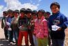 Bien educados estos niños - Maras - Valle Sagrado de los Incas - Cusco - Perú<br /> <br /> Well educated schoolkids - Maras - Valle Sagrado de los Incas - Cusco - Peru<br /> <br /> Goed opgevoede schoolkinderen - Maras - Valle Sagrado de los Incas - Cusco - Peru<br /> <br /> Ecoliers bien éduqués - Maras - Valle Sagrado de los Incas - Cusco - Pérou