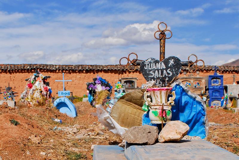 D.E.P. - Moray - Maras - Valle Sagrado de los Incas - Cusco - Perú<br /> <br /> R.I.P.  - Moray - Maras - Valle Sagrado de los Incas - Cusco - Peru<br /> <br /> Rust in vrede - Moray - Maras - Valle Sagrado de los Incas - Cusco - Peru<br /> <br /> Reposez en paix - Moray - Maras - Valle Sagrado de los Incas - Cusco - Pérou