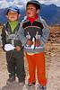 Jugando con avioncitos - Maras - Valle Sagrado de los Incas - Cusco - Perú<br /> <br /> Playing with paper planes - Maras - Valle Sagrado de los Incas - Cusco - Peru<br /> <br /> Spelen met papieren vliegtuigjes - Maras - Valle Sagrado de los Incas - Cusco - Peru<br /> <br /> Jouant avec des avions de papier - Maras - Valle Sagrado de los Incas - Cusco - Pérou