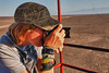 Yngwie usando el nuevo objetivo ojo de pez - Mirador Líneas de Nazca - Nazca - Ica - Perú<br /> <br /> Yngwie using the recently bought fisheye @ Mirador Nazca lines - Nazca - Ica - Peru<br /> <br /> Yngwie met de nieuwe fisheye lens die we eerder op de week gekocht hebben - Uitkijktoren Nazca-lijnen - Nazca - Ica - Perú<br /> <br /> Yngwie utilisant notre nouvel objectif acheté en début de semaine - Mirador lignes de Nazca - Nazca - Ica - Pérou