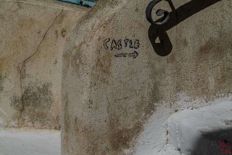 Emporio Castle sign