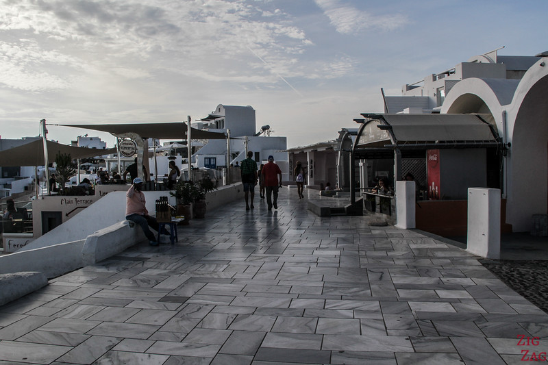 Where to stay in Oia - main street