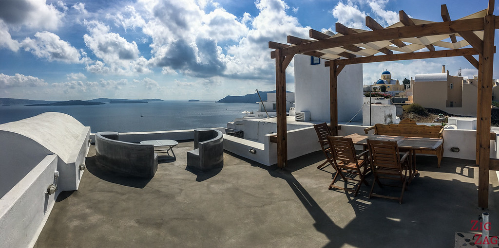 Where to stay in Santorini with view