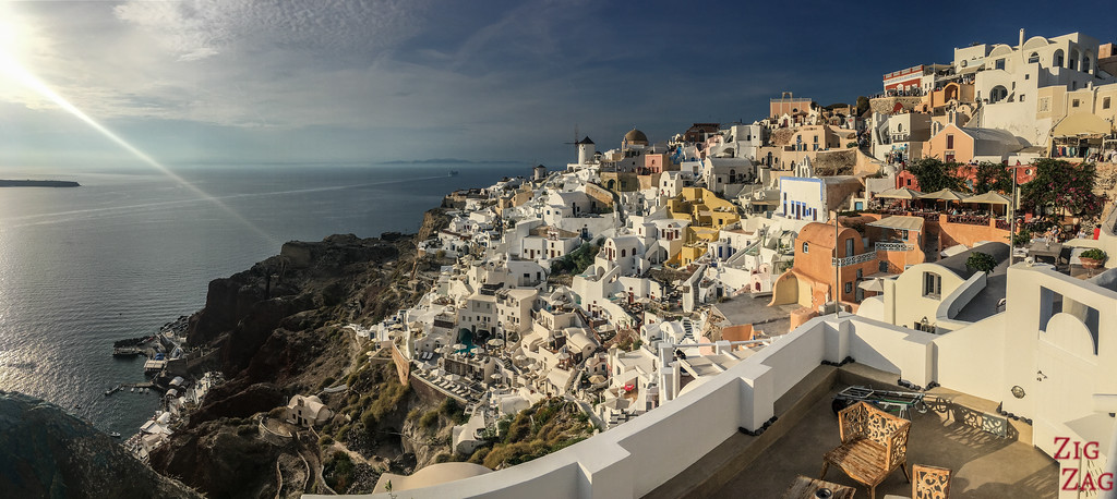 Best view in Oia - Castle over Ammoudi Bay