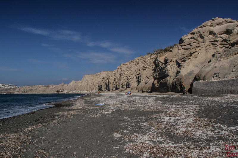 black beach of Vlichada Santorini 3
