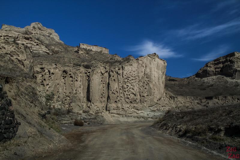 Santorini Scenery - off the beaten path canyon