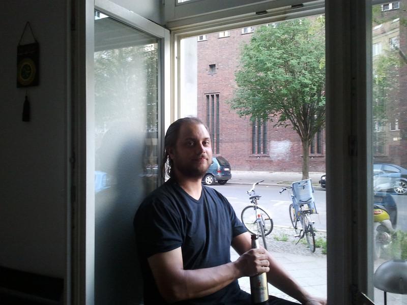 Perillä Atella Berliinissä Kopenhagener strassella