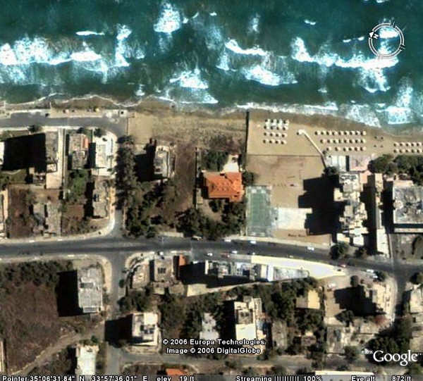 "<h2>Google satellite image (800 feet) of Golden Seaside</h2><div class=""imagecaption"" id=""imagecaption""><p class=""caption""> My sincerest appreciation to Dave Stuart for providing these images  </div>"