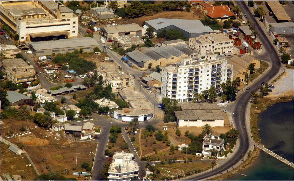 <h2>Famagusta71.jpg</h2><h4>08-Áðñ-2005</h4>
