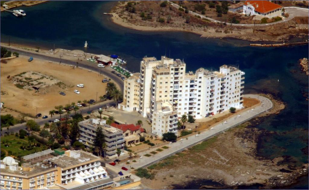 <h2>Famagusta74.jpg</h2><h4>08-Áðñ-2005</h4>