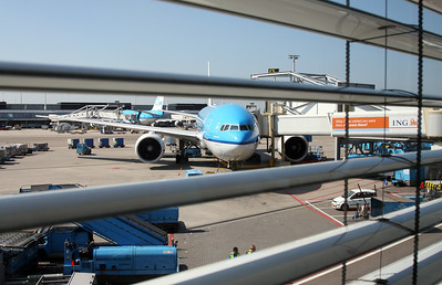 My ride to Detroit - KLM's 777-200 named Chichen Itza.