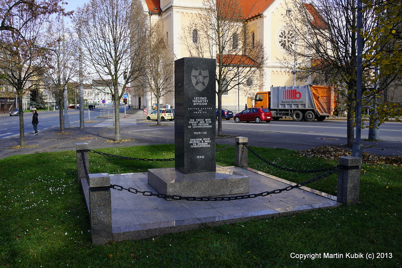 Memorial to the 2nd Infantry that liberated Pilsen in 1945.