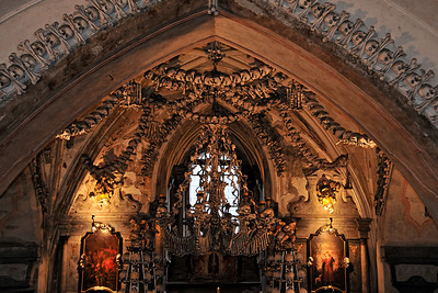 Sedlec Ossuary in Kutná Hora - a chapel made entirely from human bones!