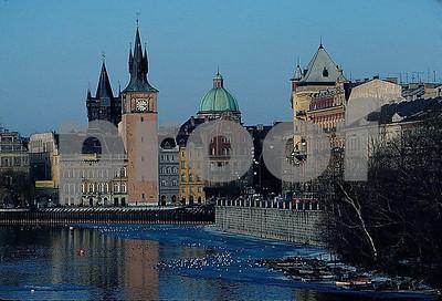 Prague from Legii bridge 12 01 065