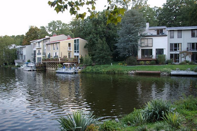 Reston: Lake Anne homes