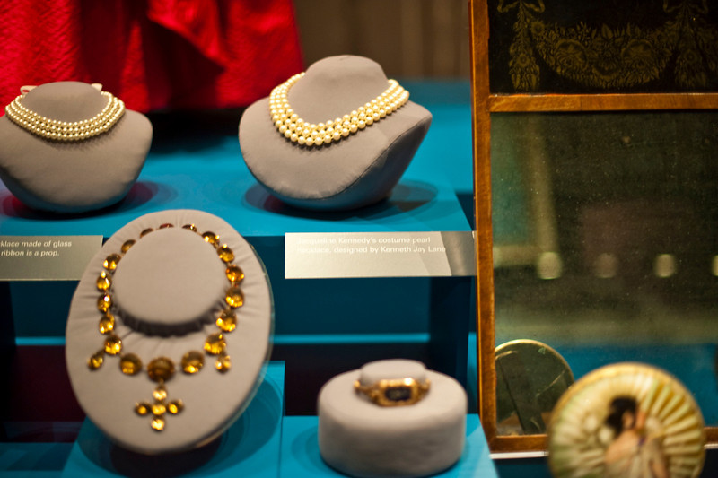 Jackie Kennedy's pearls (the set on the right). Not sure who the other pearls belong to, nor do I care. Let's be honest, Jackie O's stuff is the only thing that matters here.