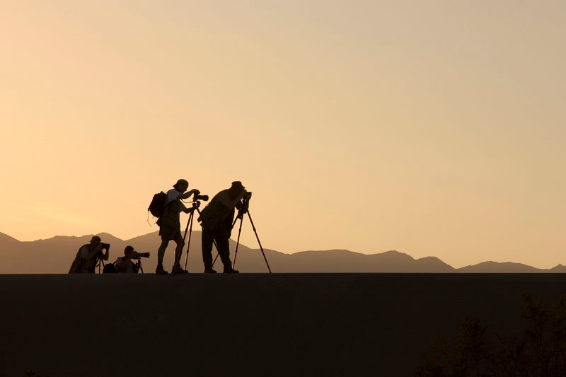 """F-8 AND BE THERE"" PHOTOGS ON THE DUNES AT SUNSET-STOVEPIPE WELLS"