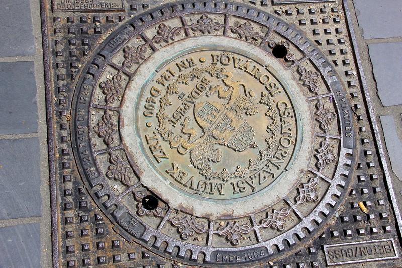 Manhole cover, Budapest