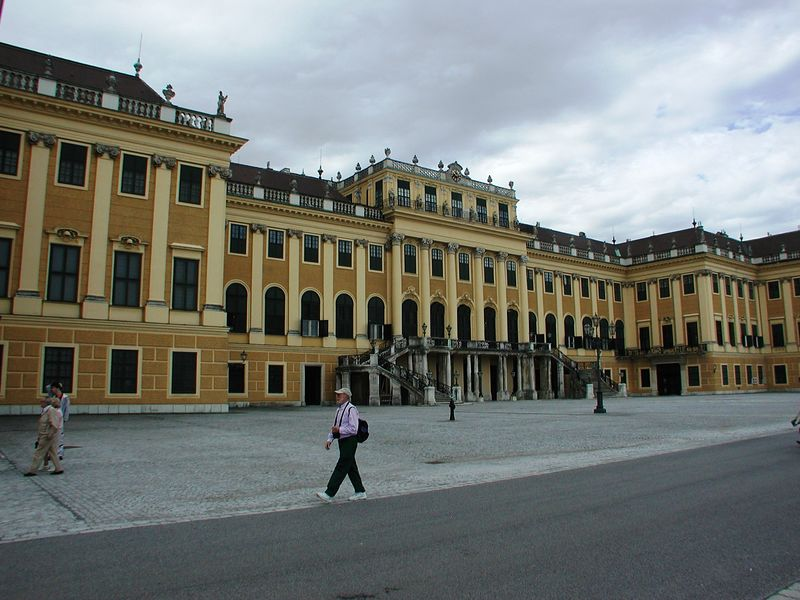 The palace was designed by the architect Nikolaus Picassi.