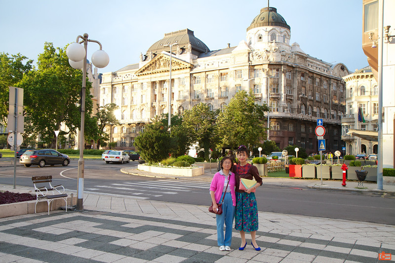 Just outside our hotel in Budapest. The building in the background is the Hungarian Ministry of the Interior.<br /> _MG_8454